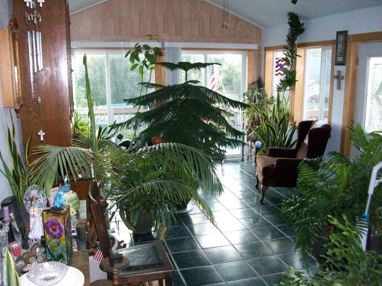 Indoor Greenhouse Build Page 2