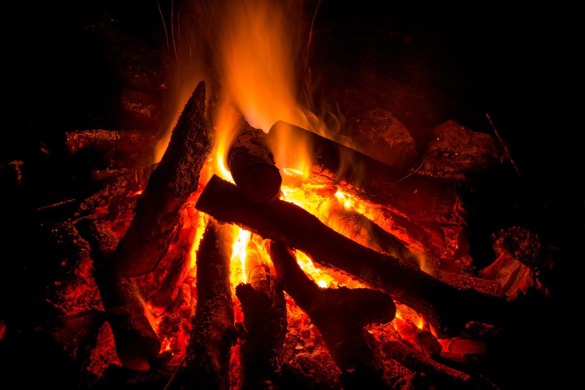 Scary Camping Stories.-15683193341_7a3594dd53_k.jpg