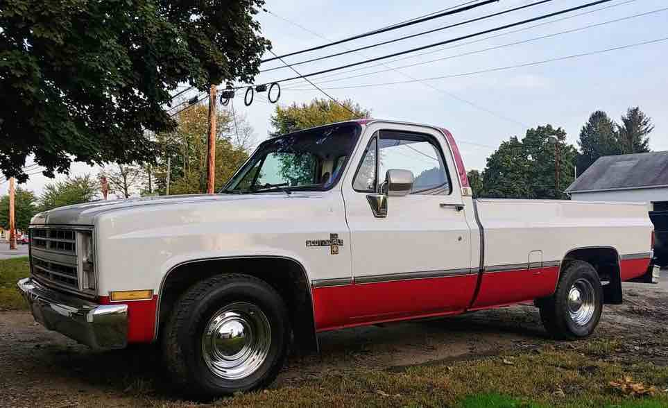 Another vehicle time-1985-c10b.jpg