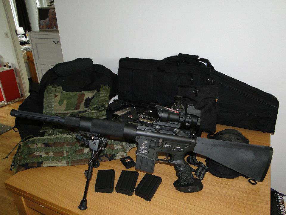 Uses/Protection without a real gun-airsoft-rifle.jpg