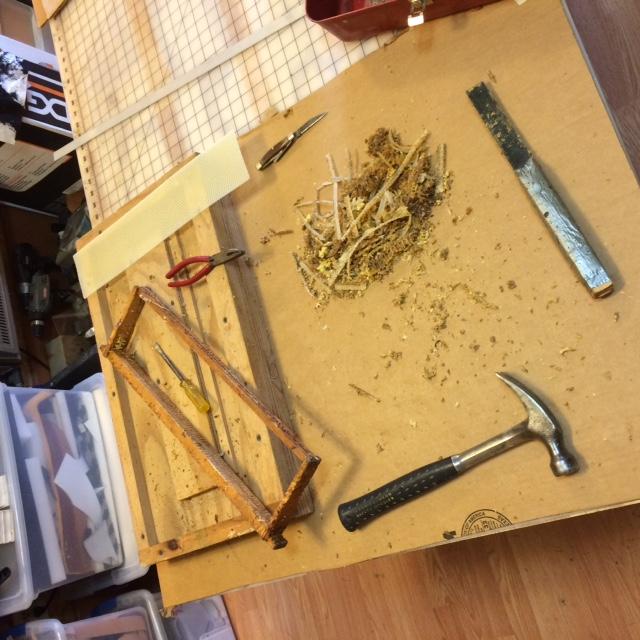 Today's Prep:  Fix Motel Up for my 30,000 ladies-beekeeping-1.jpg