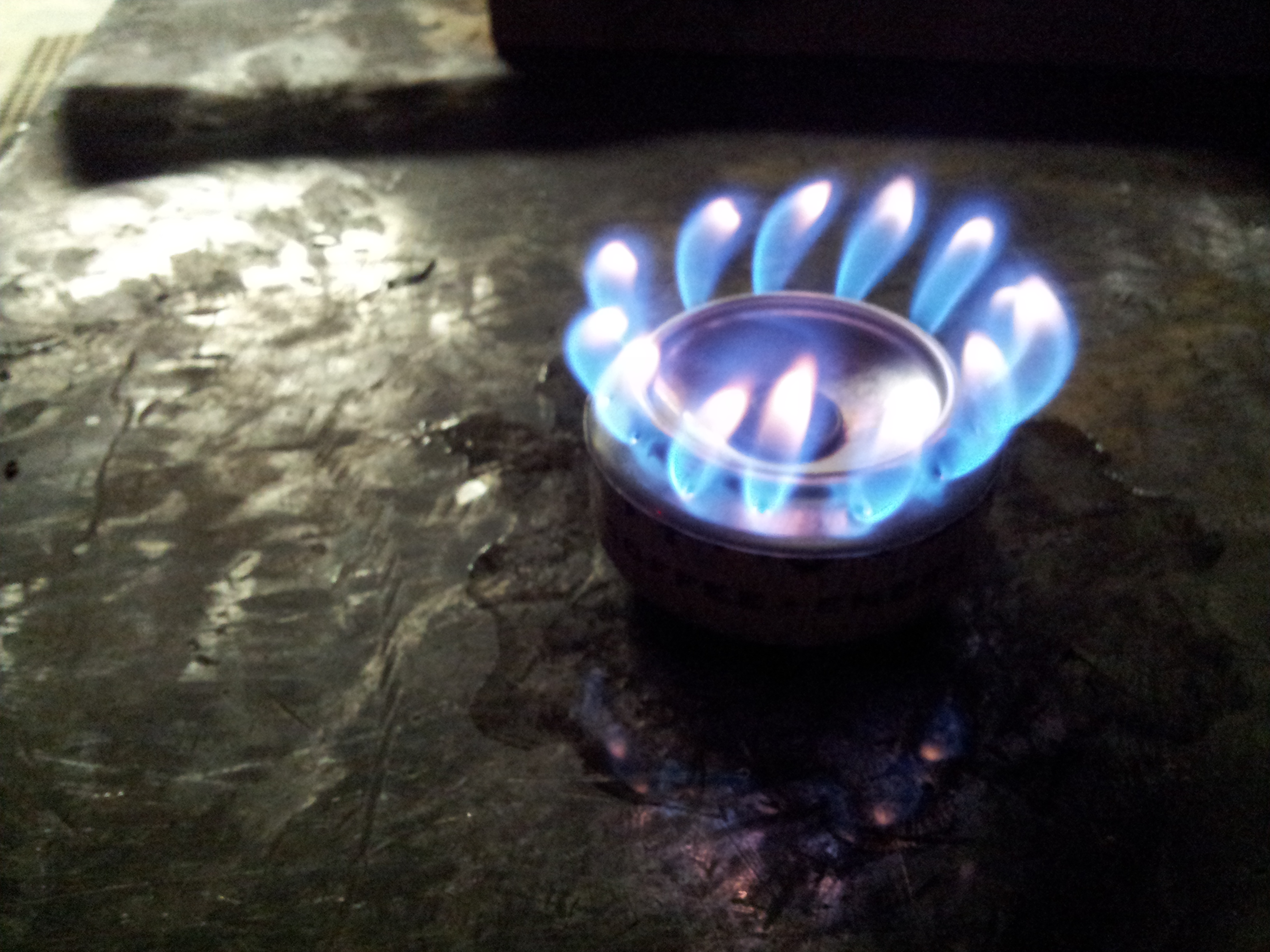 Alcohol stove instructions-burn.jpg