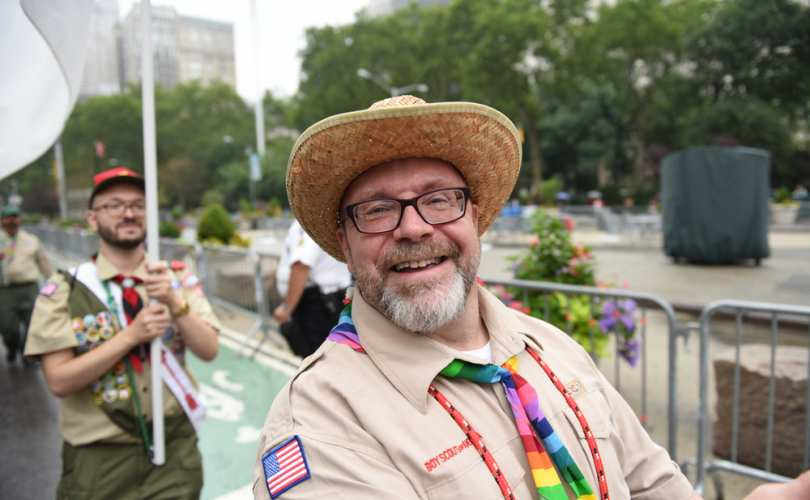 -gay_boy_scout_leader2_810_500_55_s_c1_1582049243665.jpg