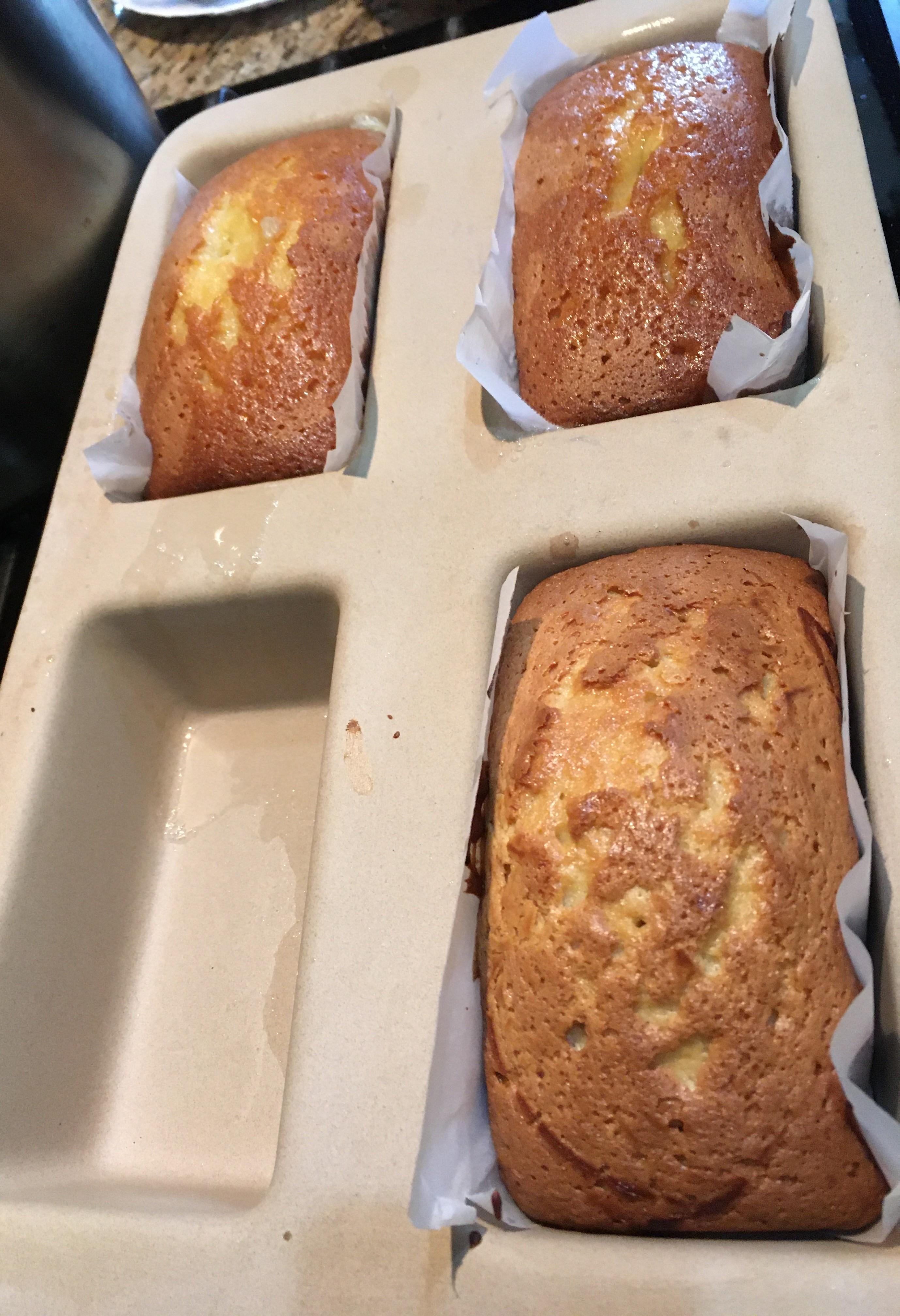 Mrs Slippy's Famous Home Grown Lemon Olive Oil Cake!-img_1843-002-.jpg