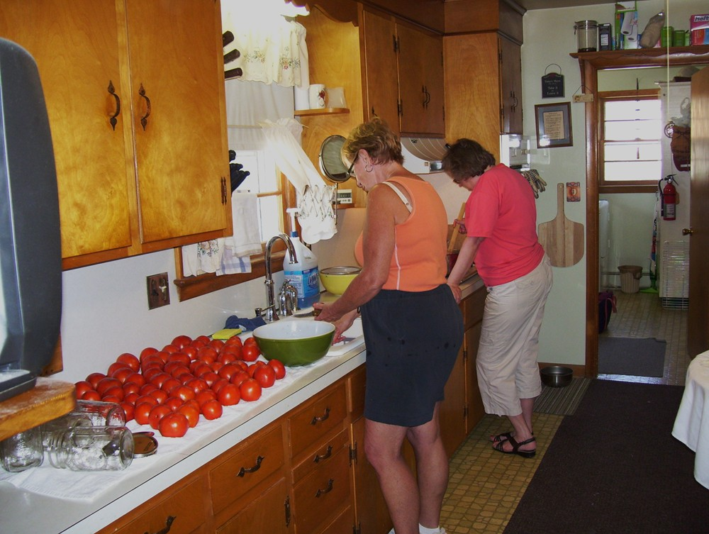 I Love This Old Italian Mama-peggy-betty-canning-tomatoes-3.jpg