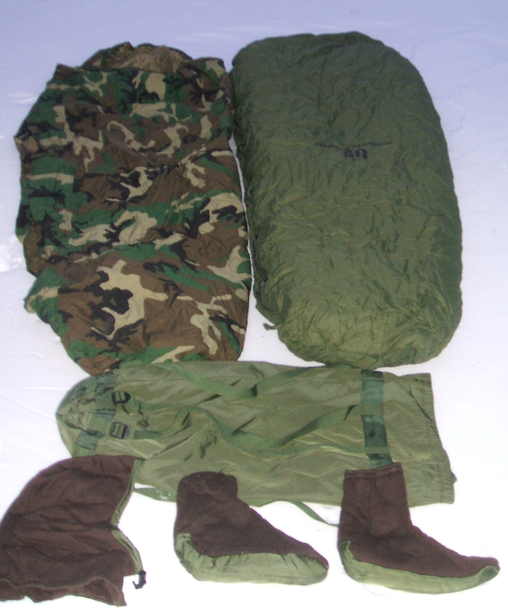 For Sale US Military 5 Piece Extreme Cold Weather Sleep System