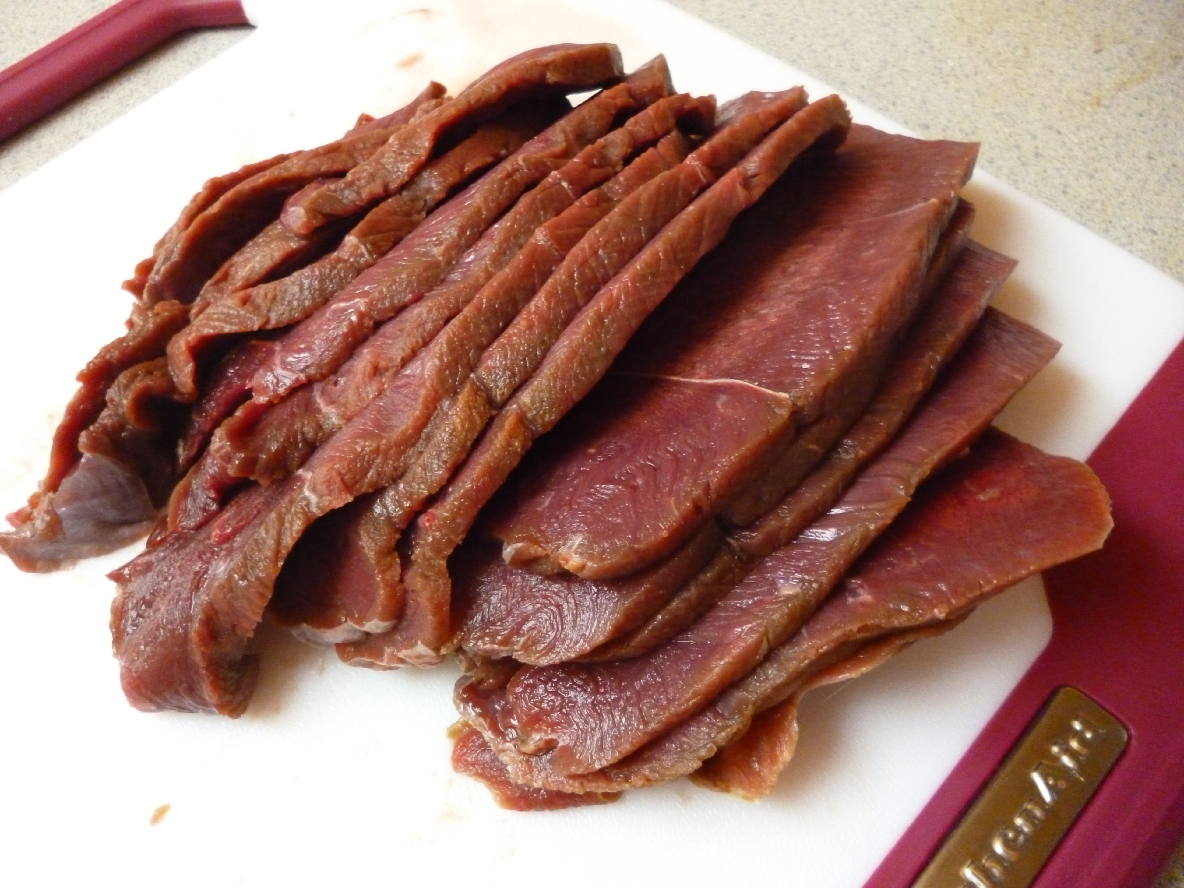 Jerky me, one more time.-sliced-meat.jpg