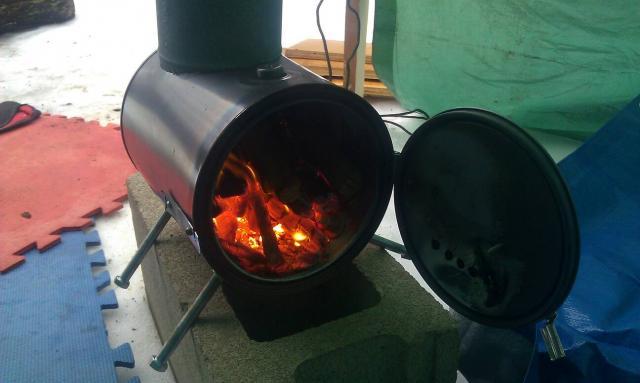 Ammo can stove-uploadfromtaptalk1394313166119.jpg